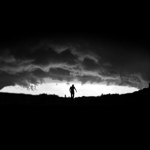 Пожар, TRUEтень, Амир - Небо висит  (2014)